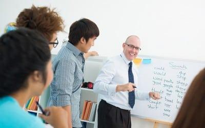 4 razones para enseñar idiomas con el aula inversa o flipped classroom