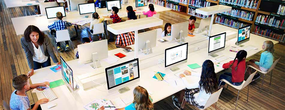 Flipped Classroom or Station Rotation Lab: Which blended learning model is right for your center?